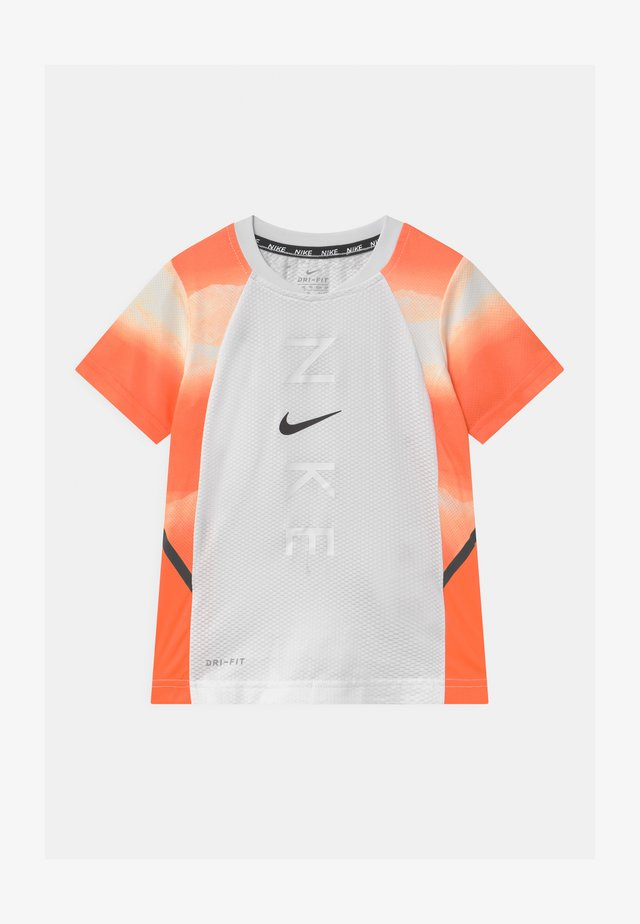 INSTACOOL - Print T-shirt - hyper crimson