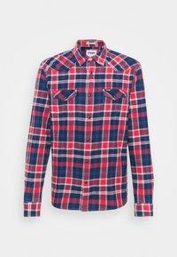 Wrangler - WESTERN - Overhemd - rococco red - 5