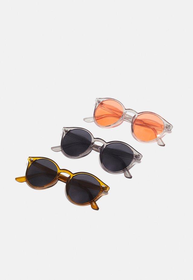 3 PACK UNISEX - Sunglasses - yellow/transparent