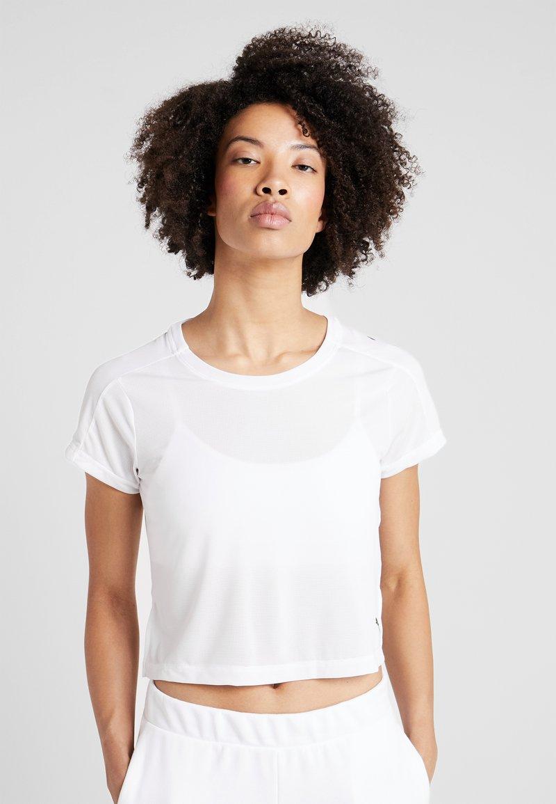 Puma - LOGO GRAPHIC TEE - Print T-shirt - puma white