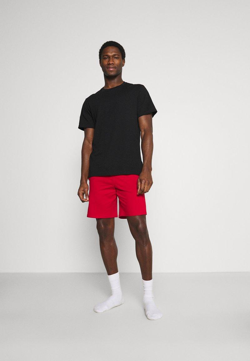 Pier One - 3 PACK - Pyjamasbyxor - black/mottled dark grey/red