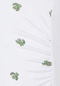 Anna Field MAMA - 3 PACK  - Print T-shirt - black/white/white - 5
