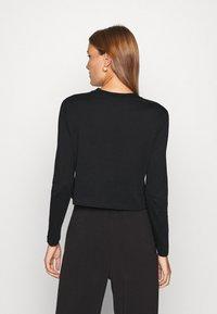 Calvin Klein Jeans - SHRUNKEN INST  - Long sleeved top - black - 2