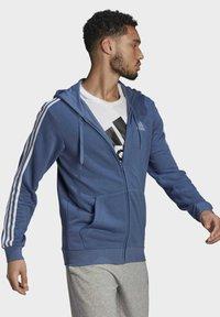 adidas Performance - M 3S FT FZ HD - Tröja med dragkedja - blue - 2