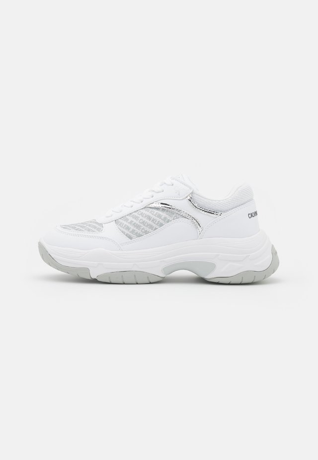 CHUNKY SOLE LACEUP PU-PES - Trainers - bright white