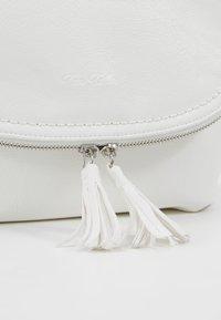 TOM TAILOR - LARI - Across body bag - white - 6