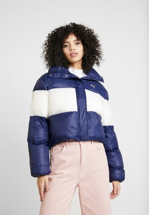 PUMA X SELENA GOMEZ CROP PUFFER - Winter jacket - peacoat