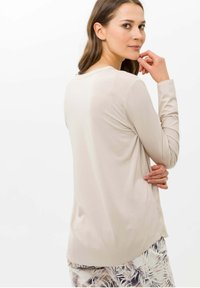 BRAX - STYLE CLARISSA - T-shirt à manches longues - nature - 6