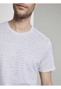 TOM TAILOR - Print T-shirt - white diamond palm tree design - 3