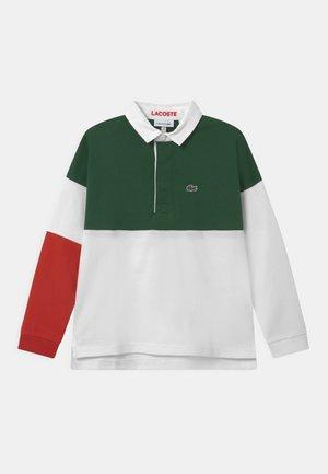 RUGBY  - Polo shirt - flour/cinnabar-green