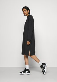 Monki - MINDY DRESS - Jerseyjurk - black solid - 4