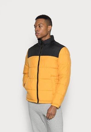 JJPAUL PUFFER COLLAR - Winter jacket - golden orange