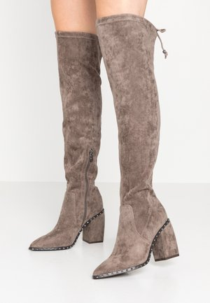 High heeled boots - taupe