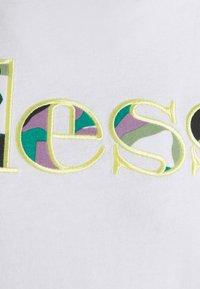 Ellesse - LANBRONE - Print T-shirt - white - 6