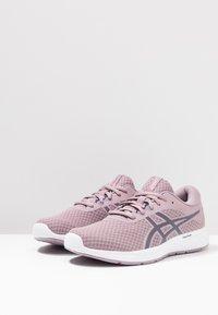 ASICS - PATRIOT 11 - Neutrální běžecké boty - violet blush/purple matte - 2