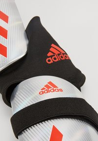 adidas Performance - X REFLEX - Schienbeinschoner - silver metallic/hire red/ black