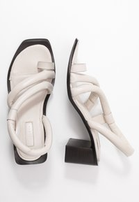 Topshop - VIDAL PADDED - T-bar sandals - white - 3