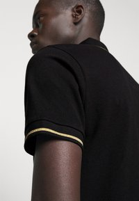 Versace Jeans Couture - ADRIANO LOGO - Polo shirt - nero - 3