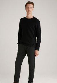JOOP! Jeans - MAXTON3-W - Trousers - schwarz gemustert - 3