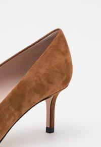 HUGO - INES - Classic heels - beige - 4