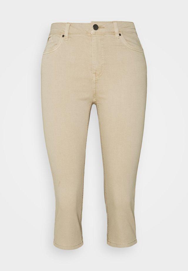 CAPRI - Jeansshort - beige