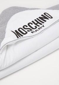 MOSCHINO - BLANKET - Tapis d'éveil - grey melange - 4