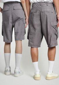 Napapijri - HANAKAPI - Shorts - grey gargoyle - 4