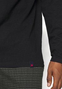 Denim Project - ROLLNECK TEE - Long sleeved top - black - 4