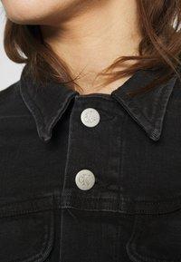 Calvin Klein Jeans - REGULAR - Cowboyjakker - denim black - 3