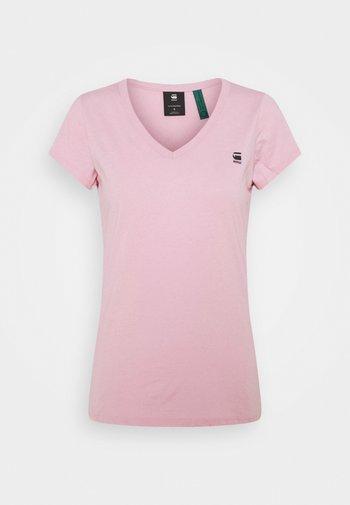 EYBEN SLIM V T WMN S\S - T-shirts basic - lavender pink