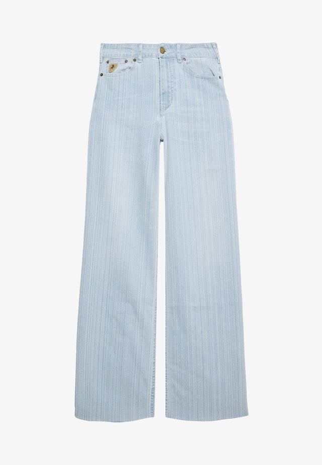PALAZZO - Flared Jeans - light blue denim