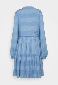 YAS Tall - YASLAMALI SHIRT DRESS - Day dress - silver lake blue - 1