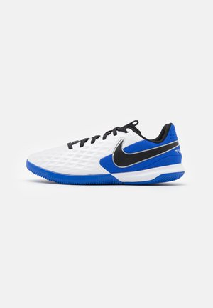 TIEMPO JR LEGEND 8 ACADEMY IC UNISEX - Futsal-kengät - white/black/hyper royal/metallic silver