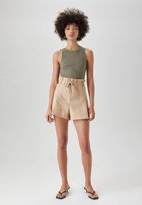 PULL&BEAR - Shorts - beige - 1