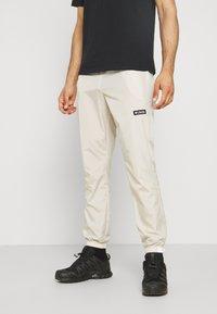 Columbia - SANTA ANA™ WINDPANT - Outdoor trousers - offwhite - 0