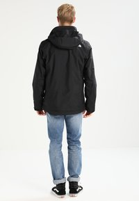 The North Face - EVOLUTION II TRICLIMATE 2-IN-1 - Hardshellová bunda - black - 2