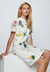 BOSS - Robe d'été - patterned - 4