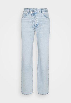 90S WRAP - Relaxed fit -farkut - light blue
