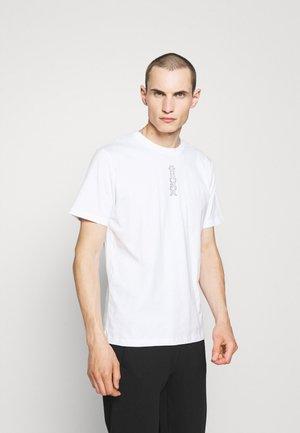 DURNED - Potiskana majica - white