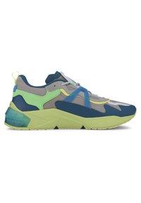 Puma - OPTIC PAX LQDCELL  - Sports shoes - gray violet-nrgy blue - 5