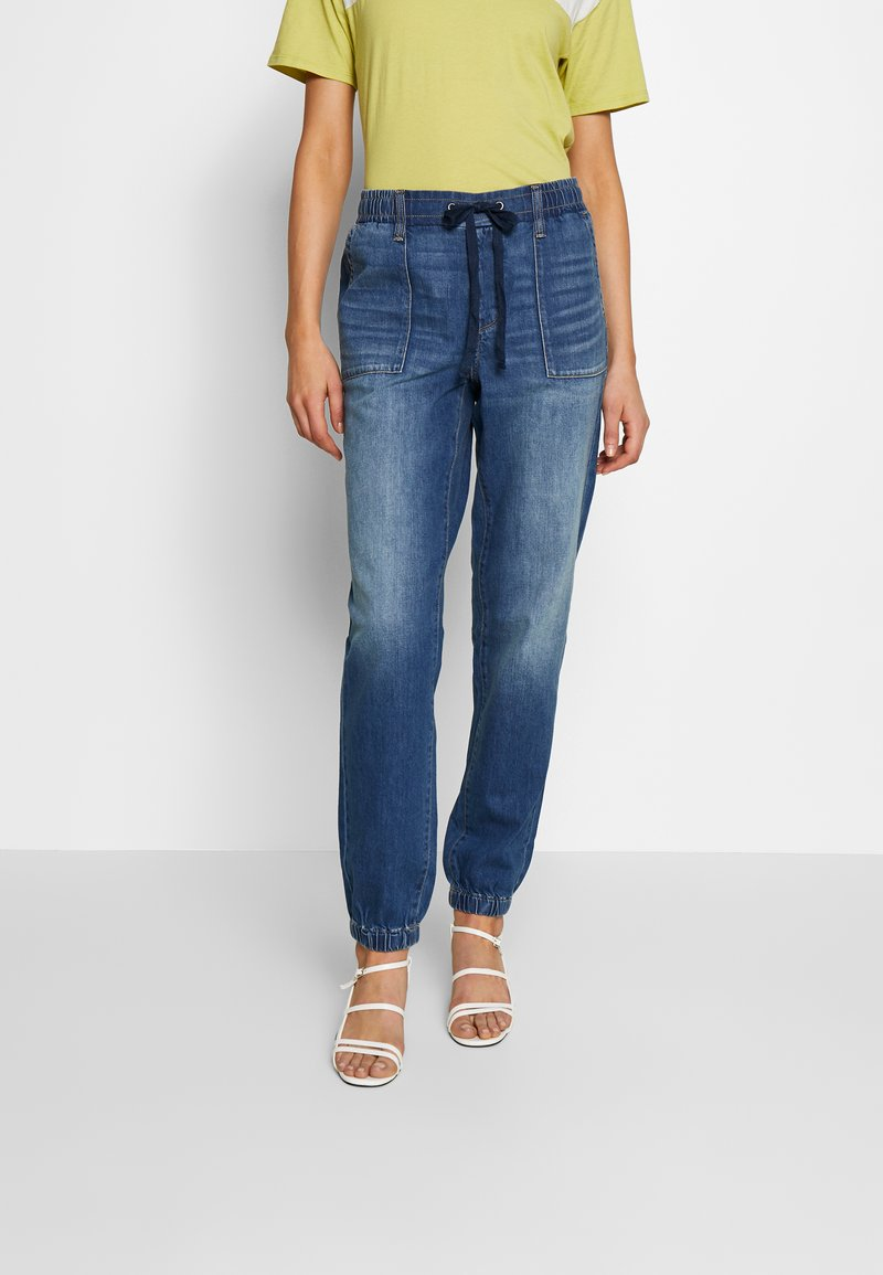 American Eagle - JOGGER - Relaxed fit jeans - rustic blue