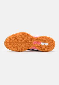 ASICS - GEL ROCKET 9 - Volleyball shoes - guava/midnight - 4