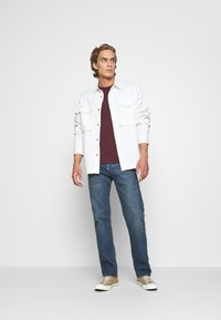 Levi's® - 501® '93 STRAIGHT - Straight leg jeans - dark indigo - flat finish - 1
