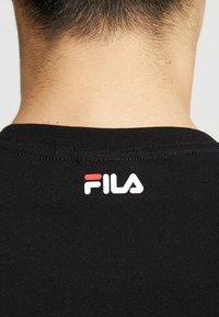 Fila - PURE TEE - Print T-shirt - black - 5