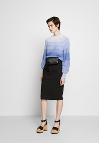 Emporio Armani - Pencil skirt - black - 1