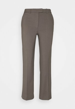 NOORA - Trousers - mud