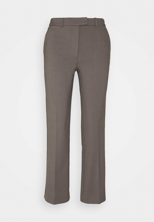 NOORA - Pantalon classique - mud