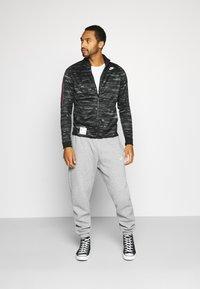 Nike Sportswear - Träningsjacka - black/iron grey - 1