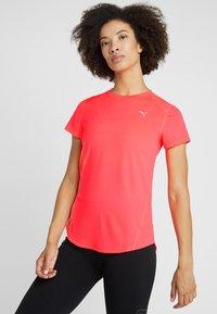 Puma - IGNITE TEE - T-shirt con stampa - pink alert - 0