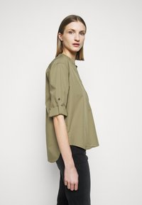 CLOSED - BLANCHE - Blouse - green umber - 3